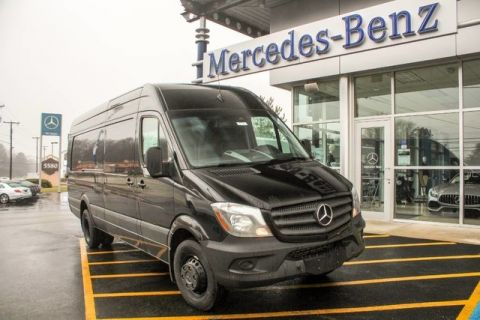 New Mercedes-Benz Sprinter 3500 Cargo  170.3 in WB