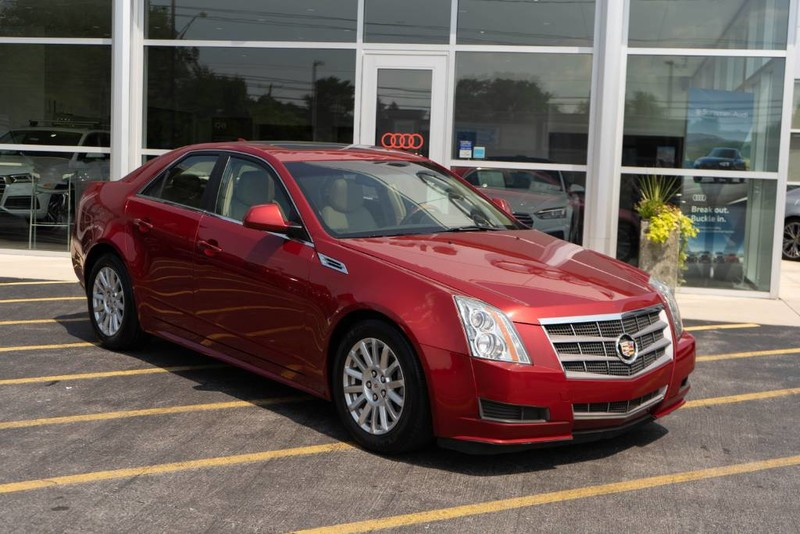 Pre-Owned 2010 Cadillac CTS Sedan Luxury