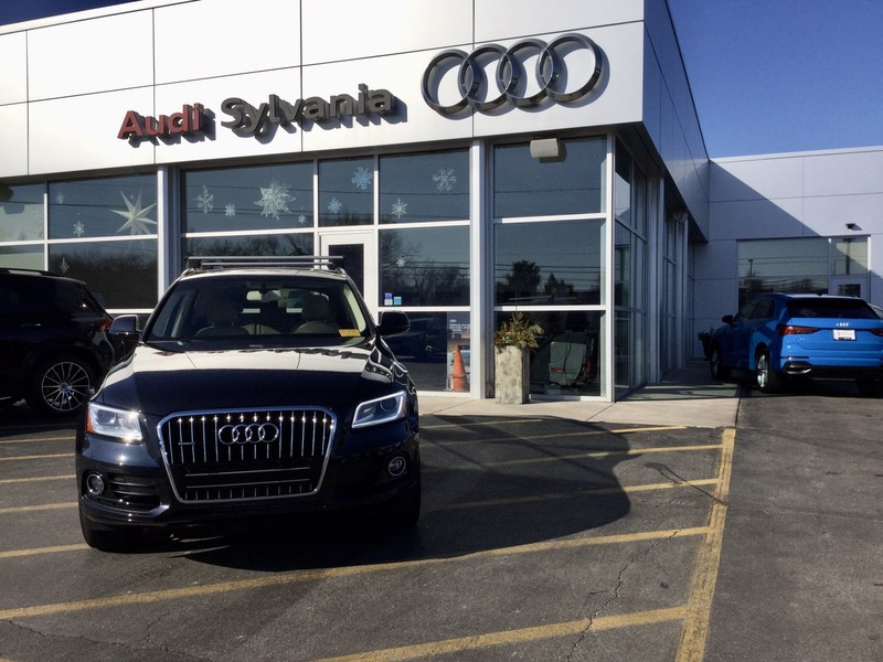 Certified Pre-Owned 2017 Audi Q5 Premium Plus