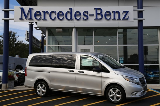 New 2016 Mercedes-Benz Metris